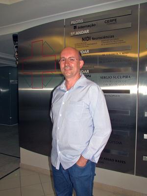 Vanderlei Cima é síndico profissional e administra seis condomínios em Florianópolis