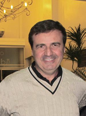Karim Bacha é síndico e psicólogo há 30 anos