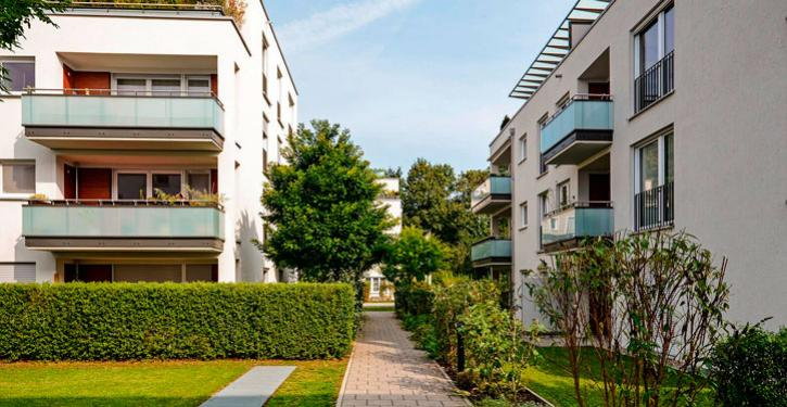 A condição de devedor é conflitante com a de representante legal do condomínio