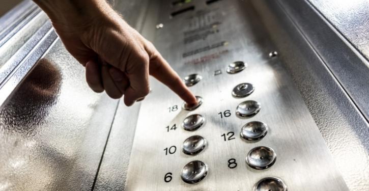 Precisando modernizar o seu elevador?