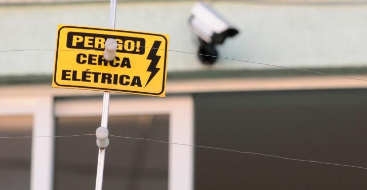 Cerca elétrica deve ser utilizada com precaução
