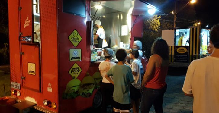 O Food Truck no Condomínio Central Park já está na quinta edição.