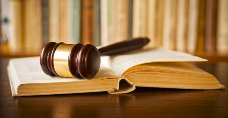 Assessoria de advogados previne problemas judiciais